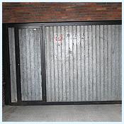 Puertas de garaje cerrajeros econ micos en madrid - Puertas de chapa galvanizada ...